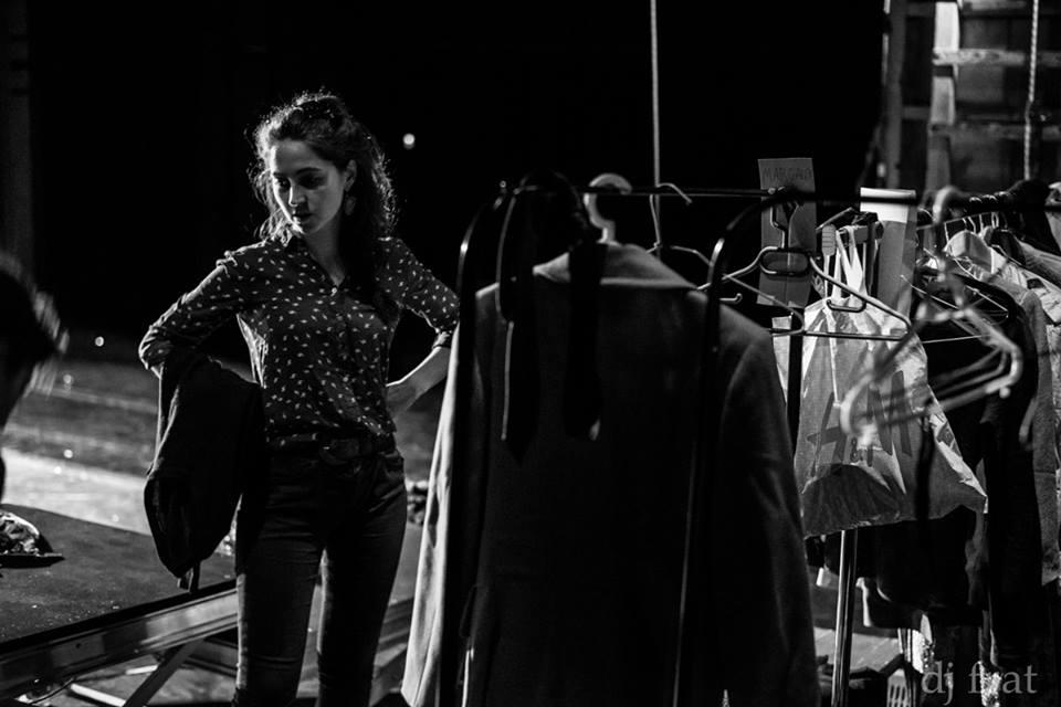 [sə] [ki] [rɛst] - backstage